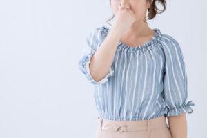 本当に対策できる?ホホバオイルが加齢臭や体臭・ワキガを抑える力について