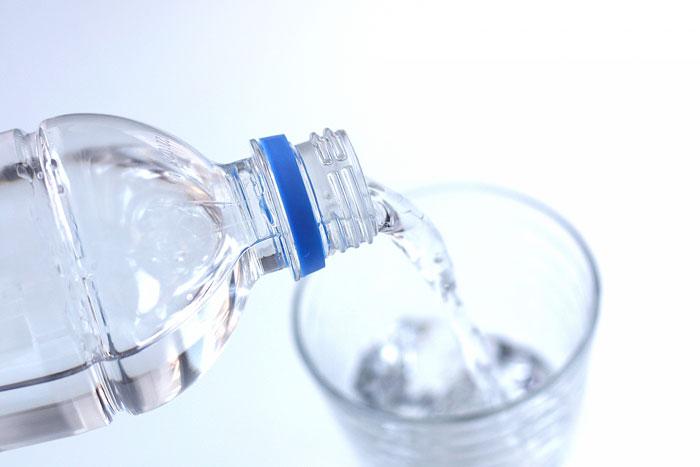 オイルケアだけでなく水分摂取も心がけましょう!